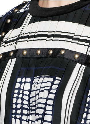 Detail View - Click To Enlarge - Sacai - Grid check stud trim pleated top