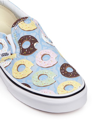 Detail View - Click To Enlarge - Vans - 'Classic Late Night' donut print kids slip-ons