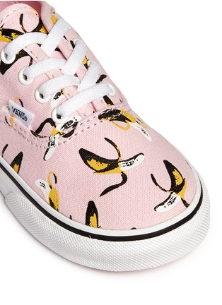 Detail View - Click To Enlarge - Vans - 'Authentic Banana' print canvas toddler sneakers
