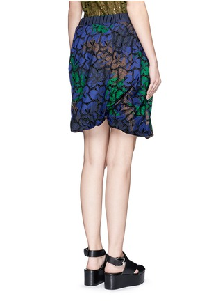 Back View - Click To Enlarge - Sacai - Floral print cutout guipure lace bubble shorts