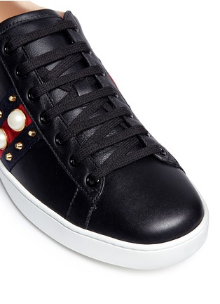 Detail View - Click To Enlarge - Gucci - Signature web embellished leather sneakers