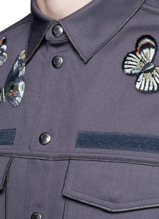 Detail View - Click To Enlarge - Valentino - 'Camubutterfly' patch shirt jacket