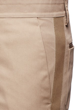 Detail View - Click To Enlarge - Valentino - Side stripe cotton blend chinos