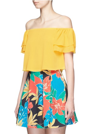 Front View - Click To Enlarge - alice + olivia - 'Whit' ruffle off-shoulder silk cropped top