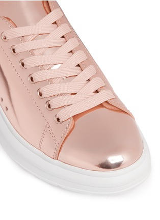 Detail View - Click To Enlarge - Pedder Red - 'Lory' mirror faux leather sneakers