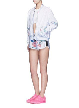Figure View - Click To Enlarge - We Are Handsome - 'The Botanica' print drawstring running shorts