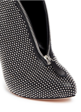 Detail View - Click To Enlarge - ALEXANDER MCQUEEN - Zip throat stud leather booties