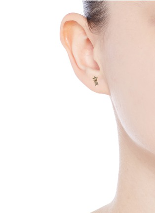 Figure View - Click To Enlarge - LOQUET LONDON - Diamond 14k yellow gold shooting star single earring - Make a Wish