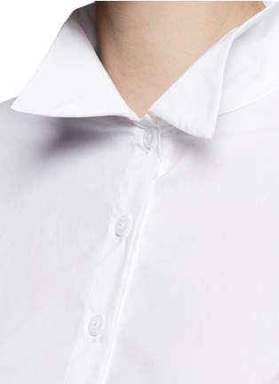 Detail View - Click To Enlarge - Rosie Assoulin - Asymmetric French cuff chambray shirt