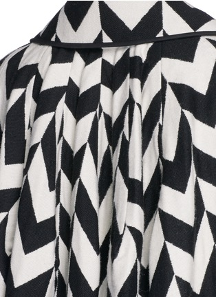 Detail View - Click To Enlarge - Ms MIN - Chevron intarsia blanket wool oversize coat