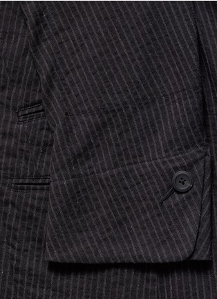 Detail View - Click To Enlarge - Ziggy Chen - Double placket pinstripe cotton-linen blazer