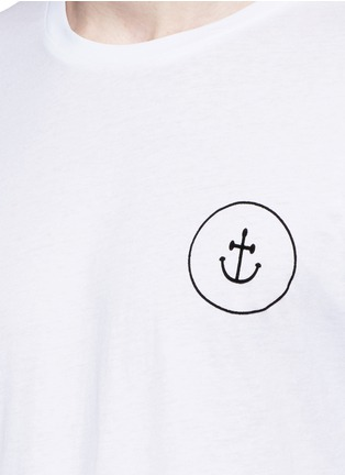 Detail View - Click To Enlarge - Insted We Smile - 'Smile' print T-shirt
