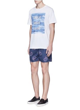 Front View - Click To Enlarge - Insted We Smile - 'Smile High Club' print T-shirt