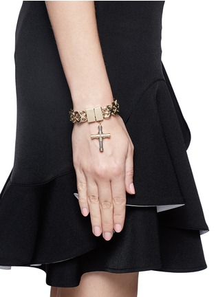 Figure View - Click To Enlarge - Givenchy - Cross charm curb chain bracelet