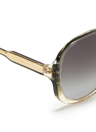 Detail View - Click To Enlarge - VICTORIA BECKHAM - 'Large Fine Oval' stripe acetate oversize sunglasses