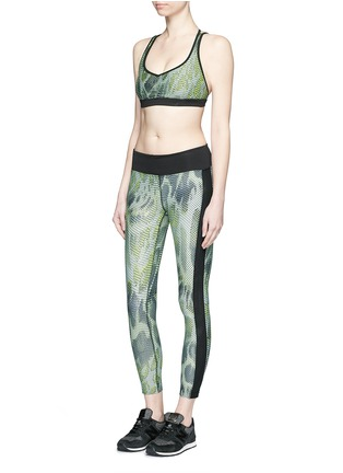 Figure View - Click To Enlarge - Koral - 'Dynamic Duo' snake print cropped leggings