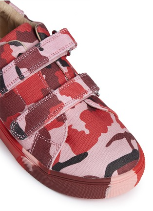 Detail View - Click To Enlarge - AKID - 'Axel' camouflage print canvas kids sneakers