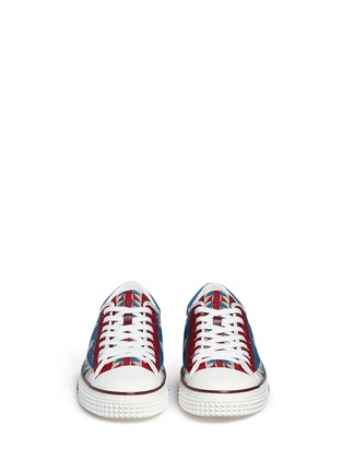 Figure View - Click To Enlarge - Valentino - Beaded star sneakers