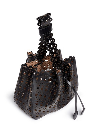 Detail View - Click To Enlarge - AZZEDINE ALAÏA - 'Vienne' small lasercut leather bucket bag