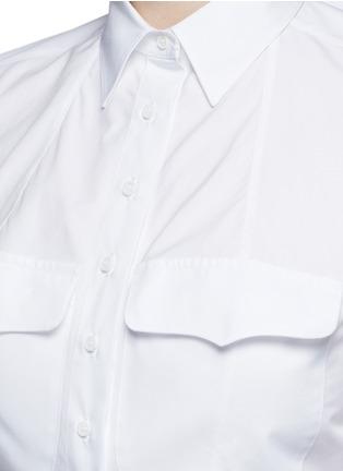 Detail View - Click To Enlarge - Alaïa - Pocket cropped poplin shirt