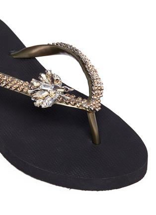 Detail View - Click To Enlarge - Uzurii - 'Fly' crystal flip flops