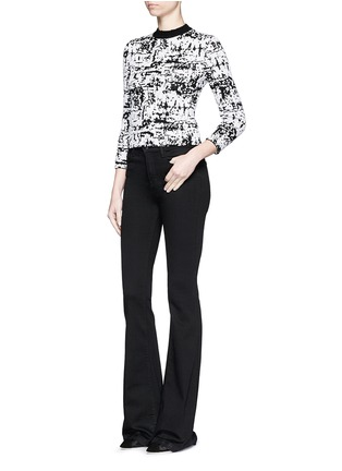 Figure View - Click To Enlarge - Alexander McQueen - Camouflage strip intarsia cropped bouclé sweater
