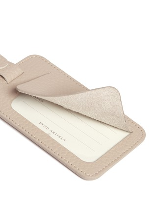 Detail View - Click To Enlarge - Bynd Artisan - Single window leather luggage tag