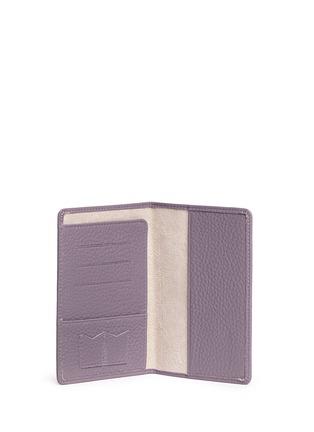 - Bynd Artisan - Pebble grain leather passport holder