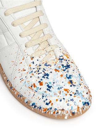 Detail View - Click To Enlarge - Maison Margiela - 'Replica' paint splatter suede sneakers