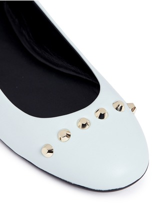 Detail View - Click To Enlarge - Balenciaga - Stud leather ballerina flats