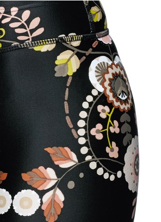 Detail View - Click To Enlarge - THE UPSIDE - 'Varese NYC' floral print performance capri leggings
