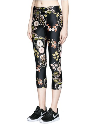 Front View - Click To Enlarge - THE UPSIDE - 'Varese NYC' floral print performance capri leggings