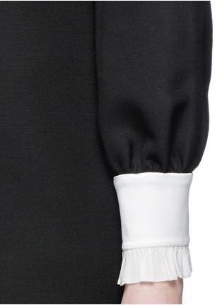 Detail View - Click To Enlarge - Gucci - Ruffle trim wool-silk cady shirt dress