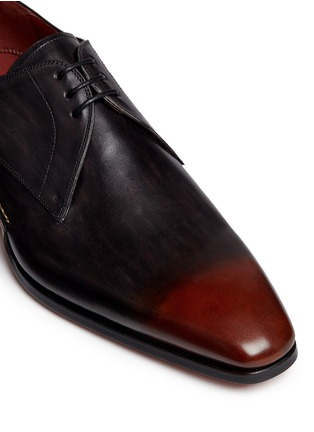 Detail View - Click To Enlarge - MAGNANNI - Three eyelet leather Derbies