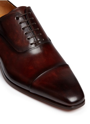 Detail View - Click To Enlarge - Magnanni - Toe cap six eyelet leather Oxfords