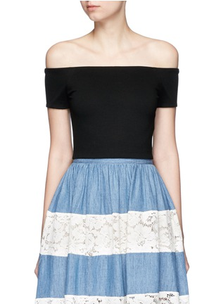 Main View - Click To Enlarge - alice + olivia - 'Gracelyn' off-shoulder cropped top
