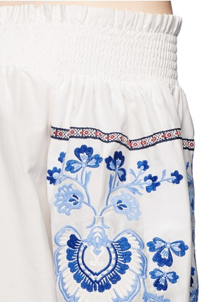 Detail View - Click To Enlarge - Nicholas - Floral embroidery smocked off-shoulder top