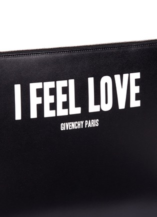 Detail View - Click To Enlarge - Givenchy - 'I Feel Love' print iconic leather zip pouch