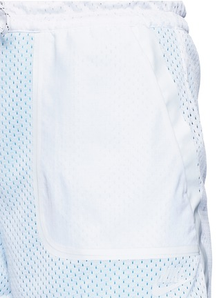 Detail View - Click To Enlarge - Nike - 'AS Nike Premium Pack' mesh layered running shorts