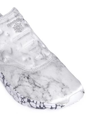 Detail View - Click To Enlarge - Reebok - 'Furylite Stones Pack' print neoprene slip-on sneakers