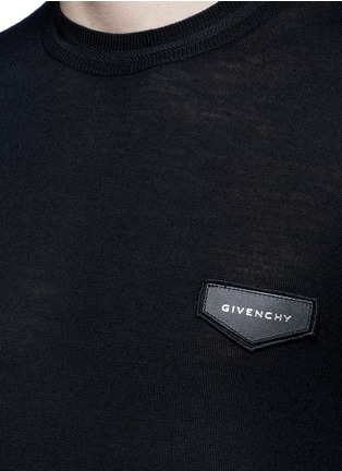 Detail View - Click To Enlarge - GIVENCHY - Leather logo patch wool sweater