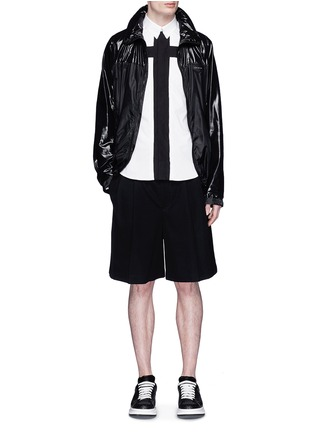 Figure View - Click To Enlarge - Givenchy - Contrast cross front shirt