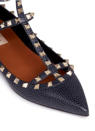 Detail View - Click To Enlarge - Valentino - 'Rockstud Ballerina' caged pebble leather flats