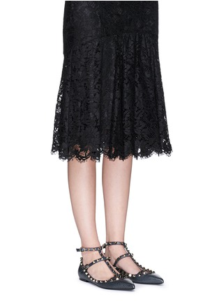 Figure View - Click To Enlarge - Valentino - 'Rockstud Ballerina' caged pebble leather flats