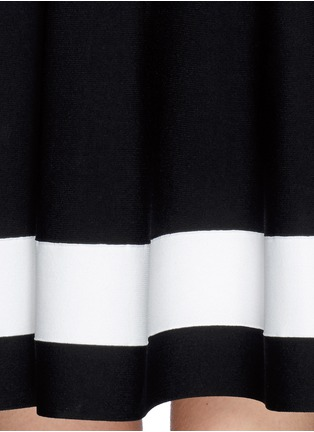 Detail View - Click To Enlarge - Victoria Beckham - Single stripe interlock knit dress