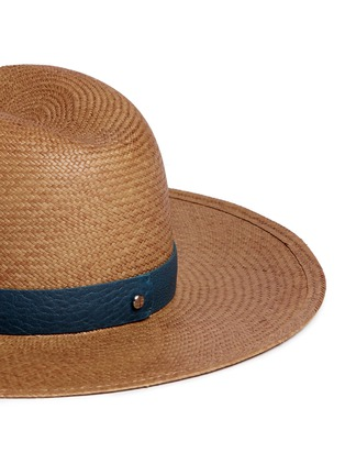 Detail View - Click To Enlarge - Janessa Leone - 'Panton' leather band straw panama hat