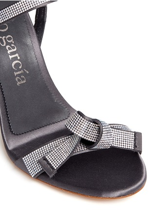 Detail View - Click To Enlarge - PEDRO GARCÍA - 'Candice' crystal pavé bow satin sandals