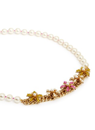 Detail View - Click To Enlarge - Miriam Haskell - Bird clasp beaded floral glass pearl necklace