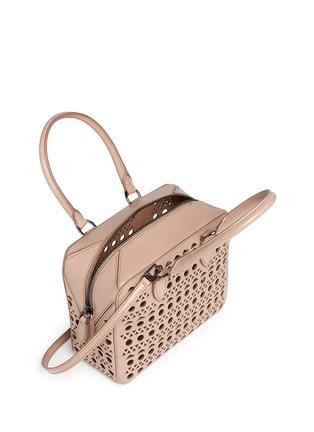 Detail View - Click To Enlarge - Alaïa - 'Vienne' lasercut leather crossbody bag
