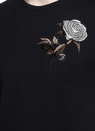 Detail View - Click To Enlarge - Alexander McQueen - Floral embroidery jersey T-shirt